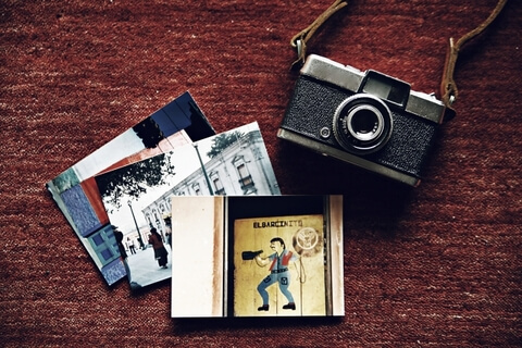 昔の写真や手紙が見つかり、喜ばれるお客様が多いです